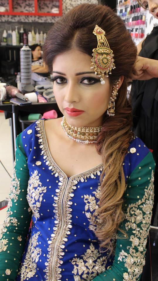 Sleek Asian Bridal Hairstyle Indian Pakistani Wedding Party