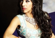 loose-curls-indian-bridal-hairstyle-east-london-essex