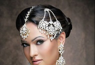 Bridal-Jhoomar-and-Tikka-jewelry-design-hairstyle_haircolour_shumailas_haircut_party_london_hairsalon_bridal