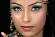 bridal-makeup-green-gold