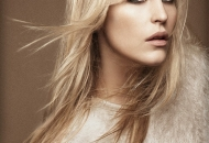 long-light-blonde-layers-haircut-feathers