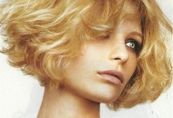 short-curled-blonde-bob-haircut-hairstyle