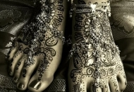 Asian Bridal Henna-Mehndi Art on Feet with anklets