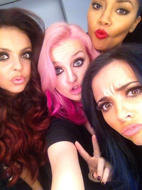 Little Mix rock pink hair. Photo: Twitter/@LittleMixOffi