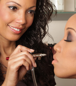 Airbrush Make-Up Course Training East London-Essex