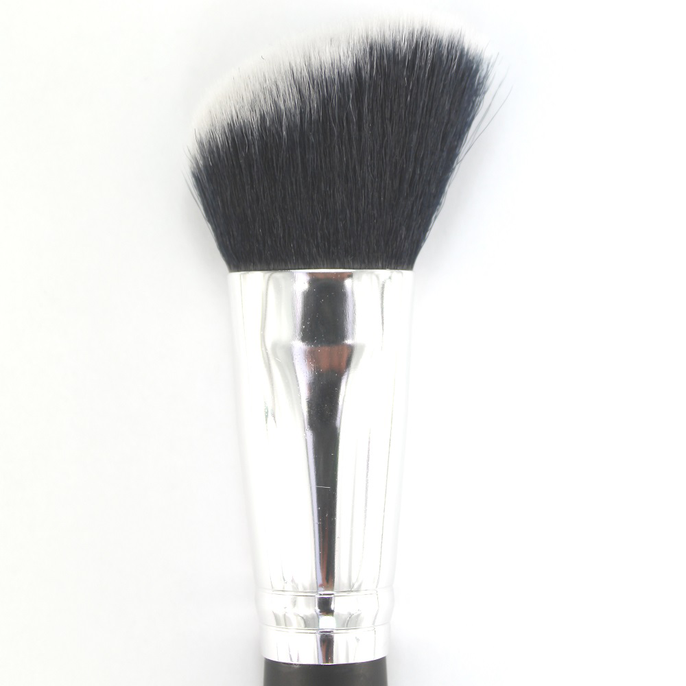 3-Angled foundation brush -2